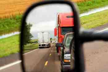 Semi Truck Mirrors   Truck Driver Safety