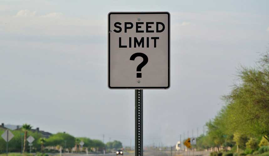 Should There be a Maximum Speed Limit for Trucks